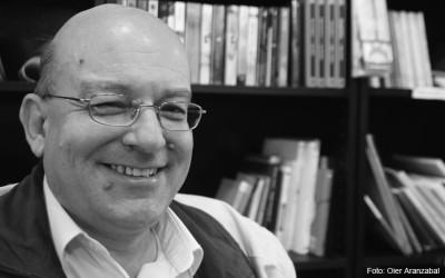 Juan Carles Moreno Cabrera guanya el 24è premi Ramon Llull